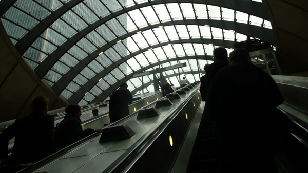 Escalators, Canary Wharf station