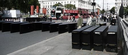 Barricades, London